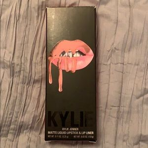 Kylie lip kit